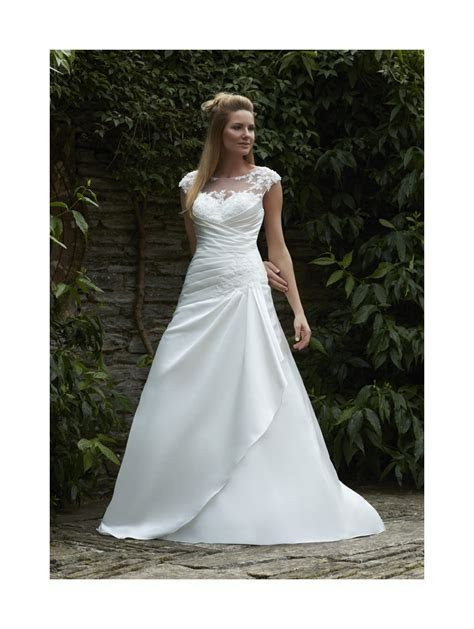 Romantica Amari Satin Wedding Gown With Ivory/silver size 18