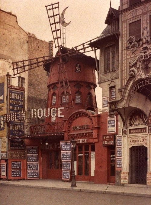 Moulin Rouge, Monmartre, Paris