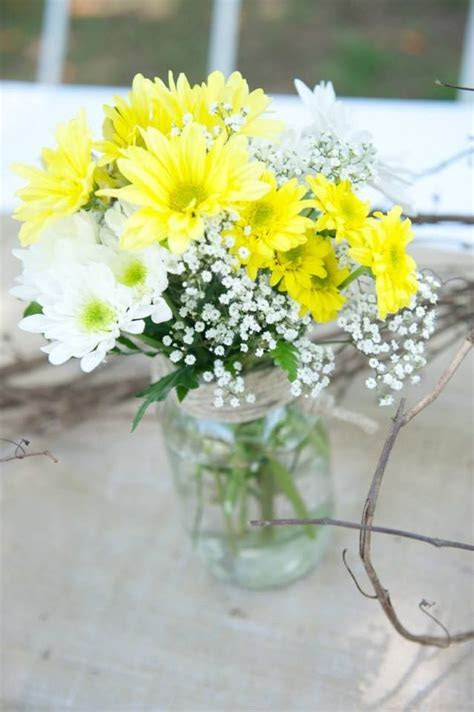 25  Best Ideas about Daisy Wedding Centerpieces on