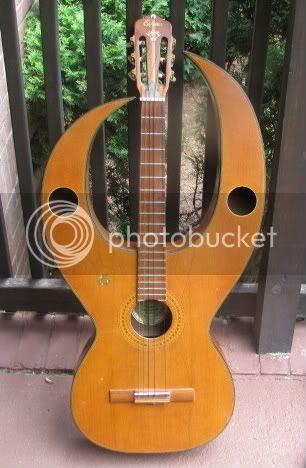Espana SL-107 Winged guitar