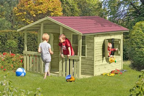 kinderhaus garten holz simple tola mit einer rutsche