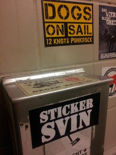 Sticker svin by Kristjan Wager
