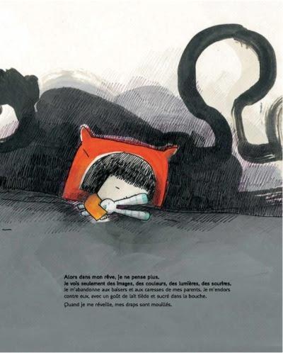 (c'est sur le blog D'une histoire  l'autre ) Quand l'amour court de Thierry Lenain, illustr par Barroux ditions Les 400 coups - Collection Carr BlancJe m'appelle Paola. Autrefois, je croyais que les histoires d'amour duraient toute la vie.Ainsi dbute le texte poignant de Thierry Lenain. Regard touchant d'une enfant sur la sparation de ses parents et sur l'amour tout court!Kalidoscope d'motions fortes, d'adaptations multiples, de colre, d'incomprhension face  cette preuve subi par de nombreux enfants, bien malgr eux. Le livre se dcoupe en tranche de vie (sparation, deux maisons, msentente des parents, une dame au cou de papa, un monsieur au bras de maman…). Autant de passages emprunts par les enfants pour trouver leur place dans cette nouvelle vie. Autant de sasses pour laisser le pass et faire fleurir le prsent.Thierry Lenain a su trouver les mots pour dire sans mdire. En plaant l'amour au del du temps, il fait un pied de nez  la mythique phrase ils se marirent et vcurent heureux de longues annes. L'auteur inscrit l'amour dans le rel ouvrant la porte  de multiples faons d'aimer. Message  diffuser auprs des enfants pour qu'ils ne soient pas trop pris de court quand l'amour de leurs parents n'est pas tout  fait un conte de fe!