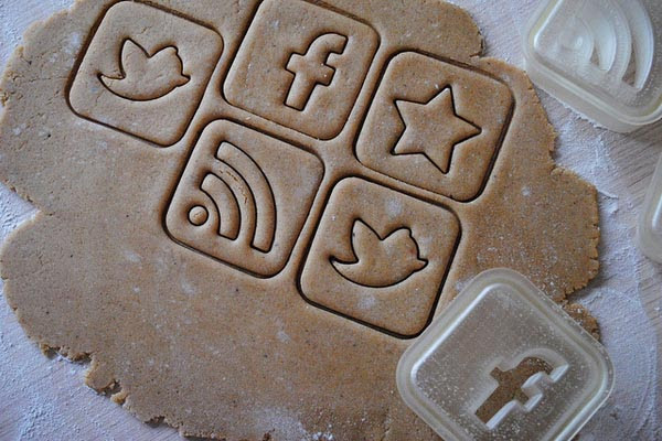 Social Media Icon Styled Cookie Cutter