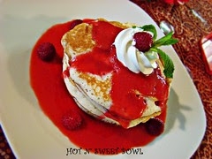 Pancake With Raspberry Sauce