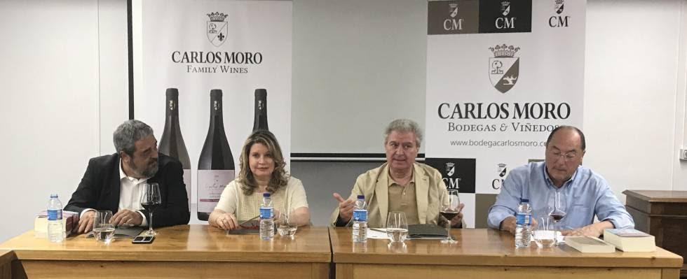 De izquierda a derecha: Carlos Aganzo, Mercedes Monmany, César Antonio Molina y Carlos Moro.