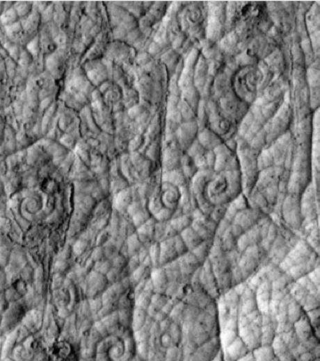 spirales-observees-sur-la-croute-de-la-planete-mars-credit-phto-nasa-jpl-university-of-arizona-46997-w460.jpg