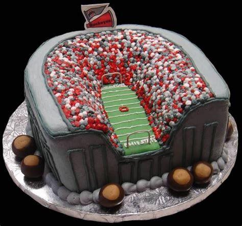 Ohio State Buckeyes Cake! Love it.   buckeye baby