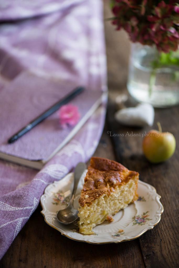 apple cake with yogurt