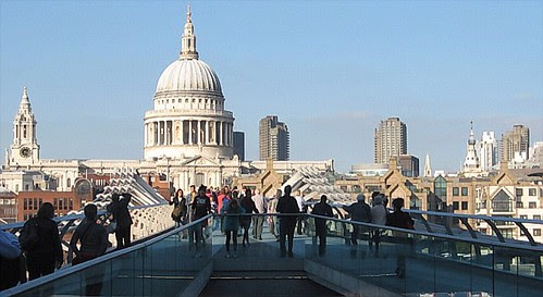 St Pauls Cathedral skyline from the Millennium Bridge