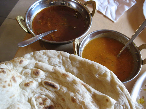 tandur bread with soup