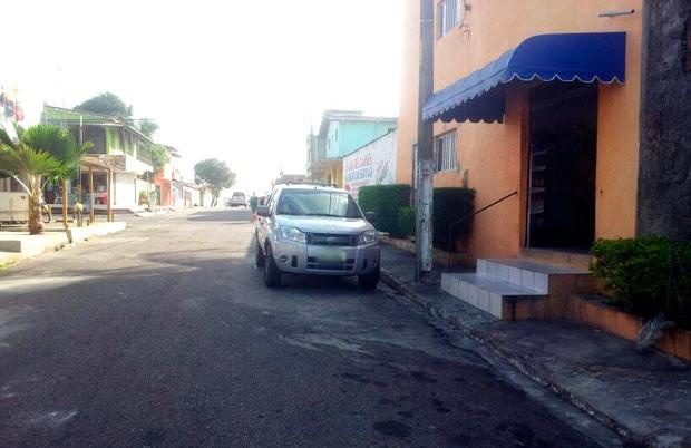 Policial foi baleado dentro de um açougue que fica na rua São Bento, no Bairro Nordeste, zona Oeste de Natal (Foto: Antonio Netto/Inter TV Cabugi)
