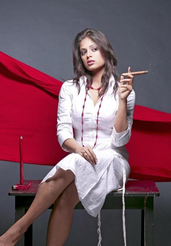 sindhu menon latest hot photo shoot stills 27 Sindhu Menon Latest Hot Photo Shoot Stills