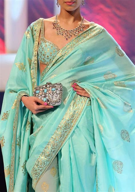 Beautiful Saree & Choli by by http://www.SuneetVarma.in/