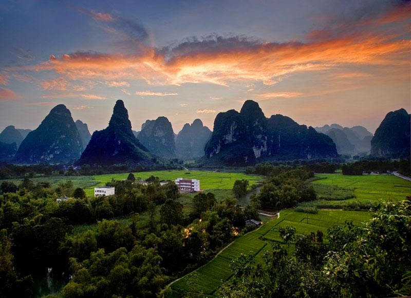Amazing scenery of Ming-shi Countryside under the sunset glow