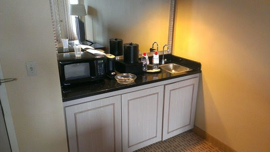 Wet bar with mini fridge - Picture of Chicago Marriott ...
