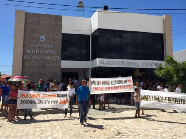 Sesão que afastou prefeita de Galinhos foi realizada nesta segunda (16) (Foto: Fernanda Zauli/G1)