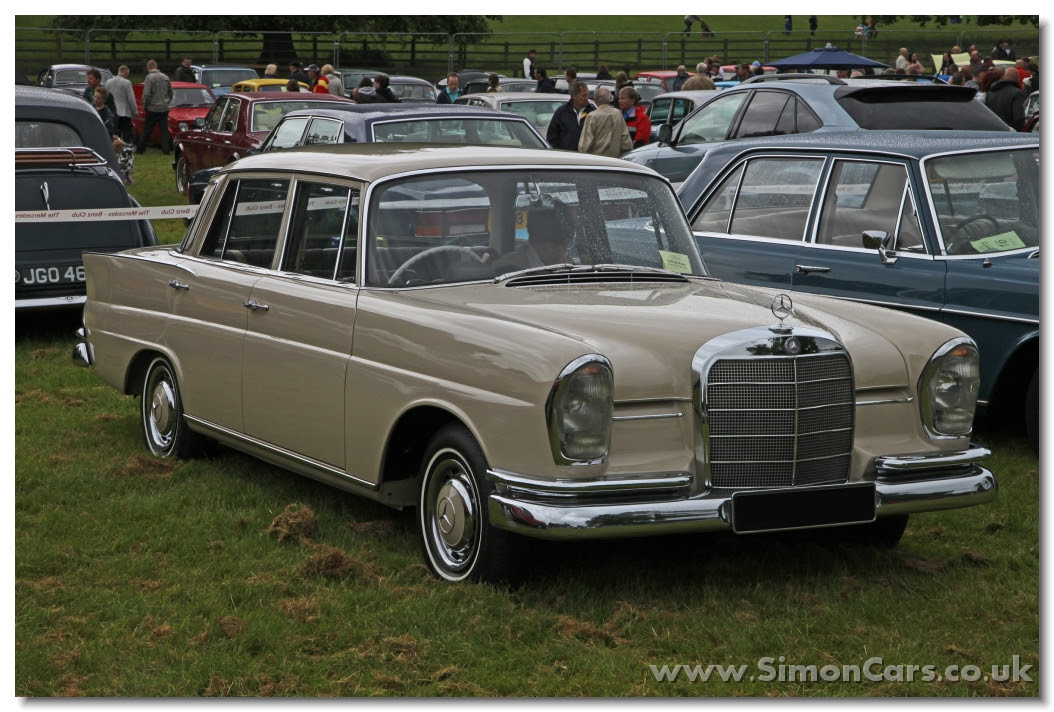 Simon Cars - Mercedes-Benz W111 200 220 230