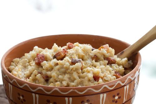 Lenten porridge (Barley porridge with bacon) / Vastlapuder / Kruubipuder suitsulihakuubikutega