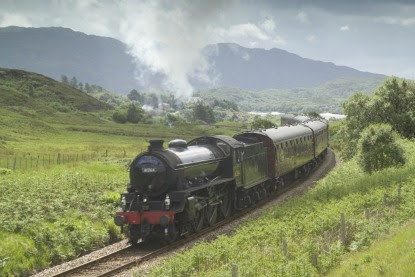 Hogwarts-Express-Steam-train.jpg