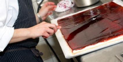 Cake Sheet Sizes   LoveToKnow