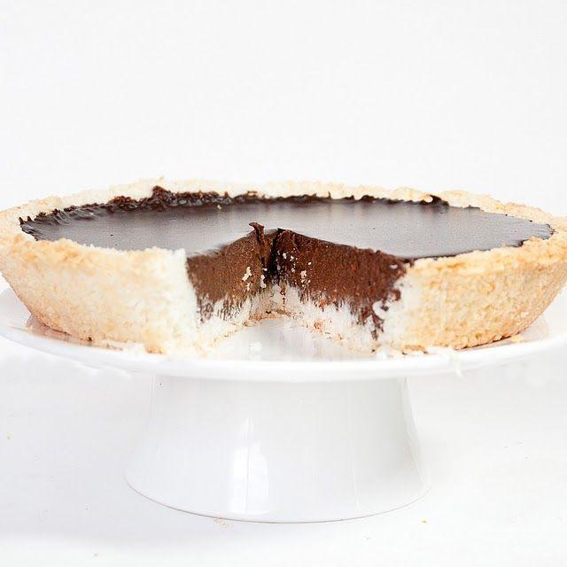Coconut Chocolate Pie...YUM! This looks amazing!