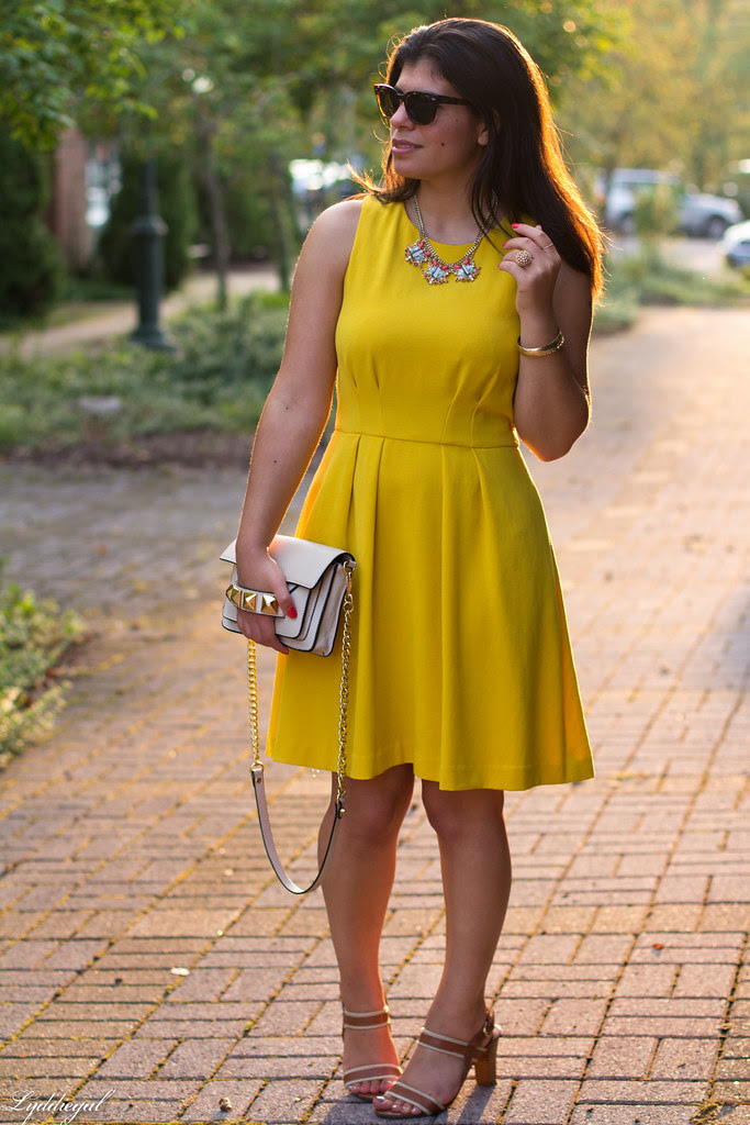 yellow dress.jpg