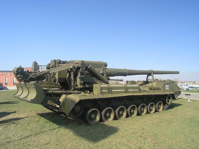 Conheça o obuseiro autopropulsado 2S7 Pion desenvolvido na antiga URSS