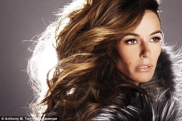 Seguindo em frente: Kelly foi recentemente axed de reality show Real Housewives of New York e agora está lançando uma linha de calçados e livro de receitas
