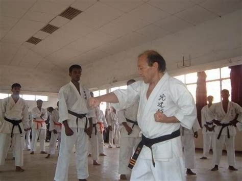 tattooed slut and brunette chick ride one ugly dude in a hotel r