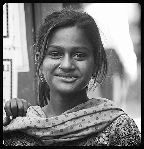 Uski Parchai Hame Aj Bhi Uski Yad Dilati Hai by firoze shakir photographerno1
