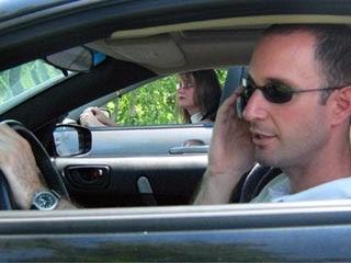 Fuentes de distracción cuando se conduce un automóvil