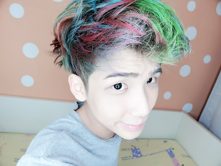 typicalben rainbow hair on bed