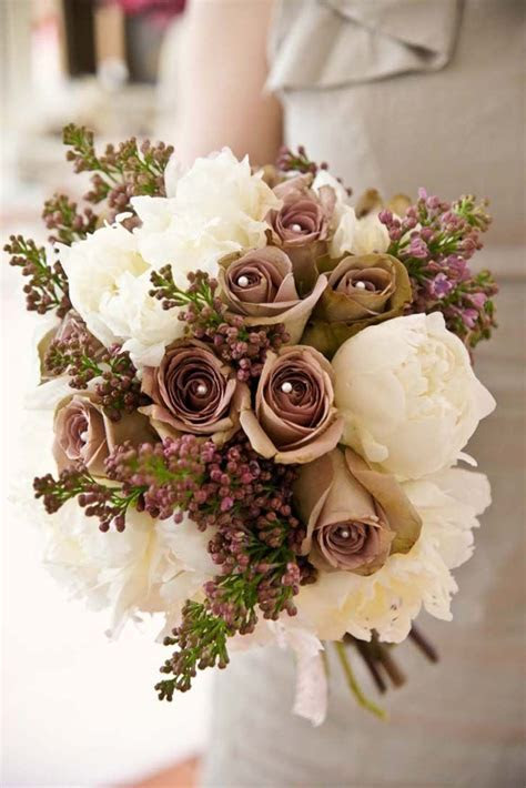 Exactly flower by flower the bouquet I want. Lilacs