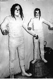 La Momia en los 80's, junto a su hijo Rodolfo