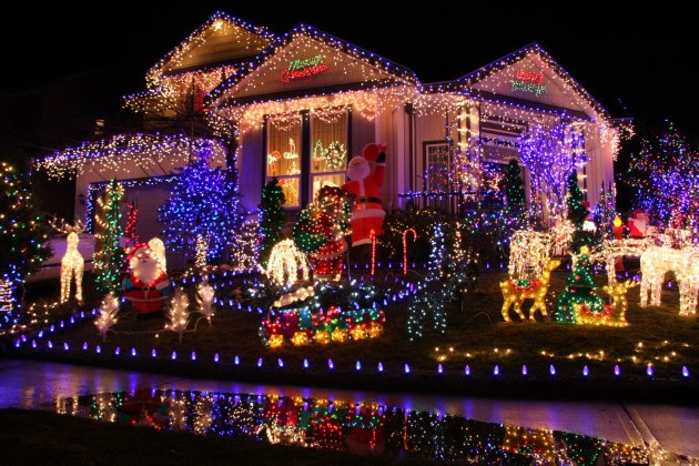 Decorate Your House This Christmas & Submit a Picture to Win Prizes