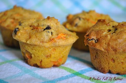 Pumpkin Carrots Mini Muffins (3)