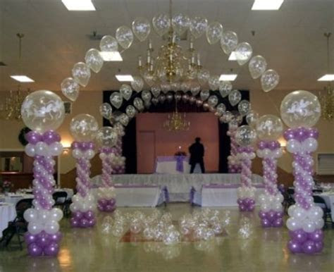 Wedding Obsession: GIANT BALLOONS   The Family Chapters