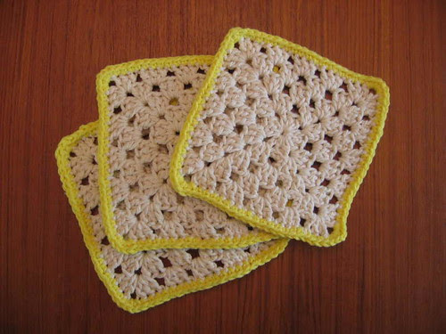 Granny square hotpads