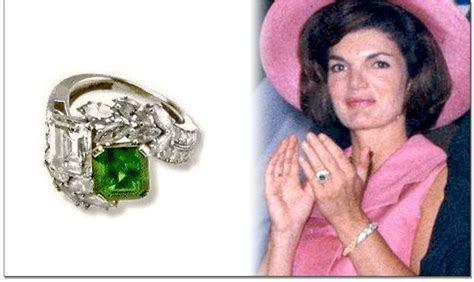 View Full Gallery of Luxury Jackie O Wedding Ring