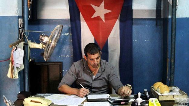 Los cubanos libres y la doble moral