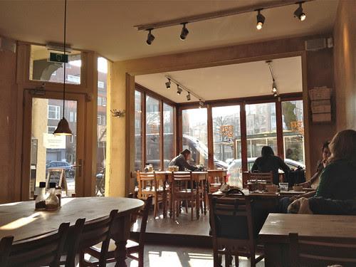 De Pijp local cafe