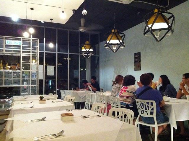 Diet Food To Order At Thai Restaurant