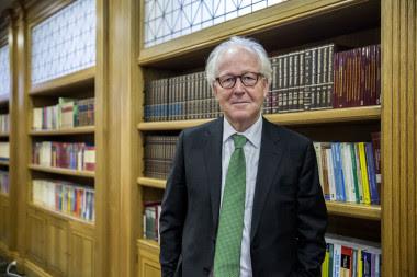 <p>Lars Heikensten, director ejecutivo de la Fundación Nobel, en la biblioteca de la Fundación Ramón Areces. / Olmo Calvo / Sinc</p>