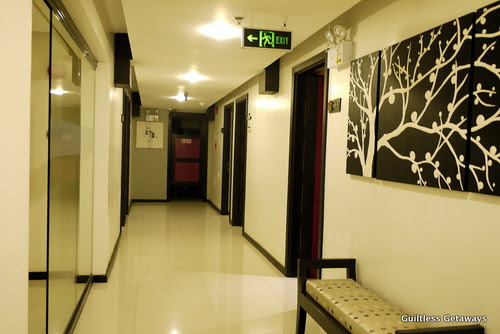 isuites-boutique-hotel.jpg
