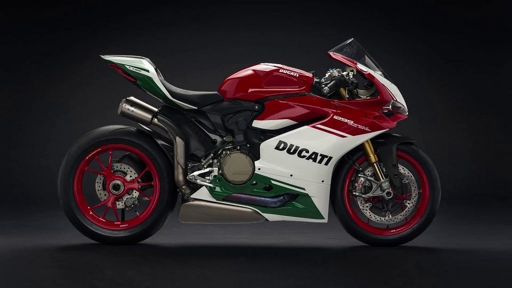 1299 Panigale R Final Edition - A collector's item : Liked on YouTube http://dlvr.it/PTgYGZ