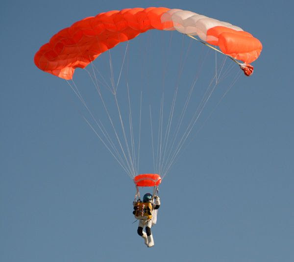 Google executive Alan Eustace is about to touch down on the ground after his 136,000-foot skydive above Roswell, New Mexico...on October 24, 2014.