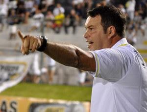 Roberto Fernandes, técnico do ABC (Foto: Divulgação/ABC)