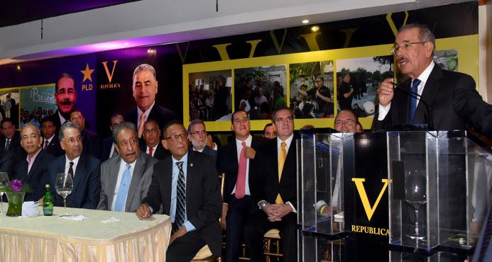 Danilo Medina asegura haber cumplido promesa crear 400 mil nuevos empleos