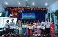 dong phuc vu truong luong the vinh q12